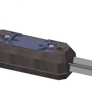 Equipement des selles et mise en précontrainte de la semelle anti-vibratile
